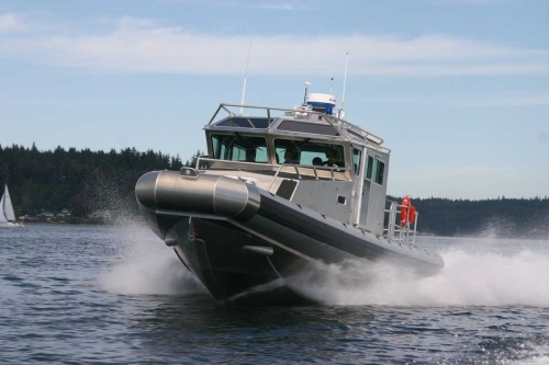 Full Cabin Inboard 42